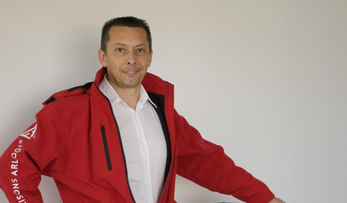 Retour d'expérience de Fabrice Raynaud, dirigeant de Maisons Arlogis Limoges. Il a fait le choix de rejoindre le groupe Perspectives pour entreprendre.